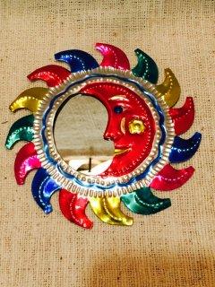 メキシコ オハラタの鏡 太陽 カラフル