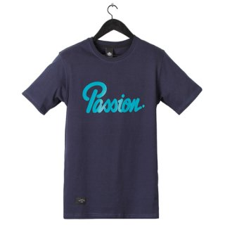 <img class='new_mark_img1' src='//img.shop-pro.jp/img/new/icons1.gif' style='border:none;display:inline;margin:0px;padding:0px;width:auto;' />ELADE PASSION T-SHIRT(NAVY)