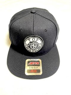 <img class='new_mark_img1' src='https://img.shop-pro.jp/img/new/icons1.gif' style='border:none;display:inline;margin:0px;padding:0px;width:auto;' />TOPNATION SINCE97 <br>SNAPBACK CAP<br>(BLACK)