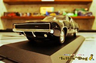 グリーンライト 1/18 1968 ダッジ チャージャー R/T ブリット ブラック