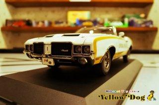 ACME 1/18 1972 ハースト オールズ ペースカー リンダ・ヴォーン