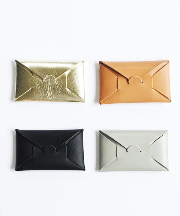 SEAMLESS CARD CASE<img class='new_mark_img2' src='https://img.shop-pro.jp/img/new/icons52.gif' style='border:none;display:inline;margin:0px;padding:0px;width:auto;' />