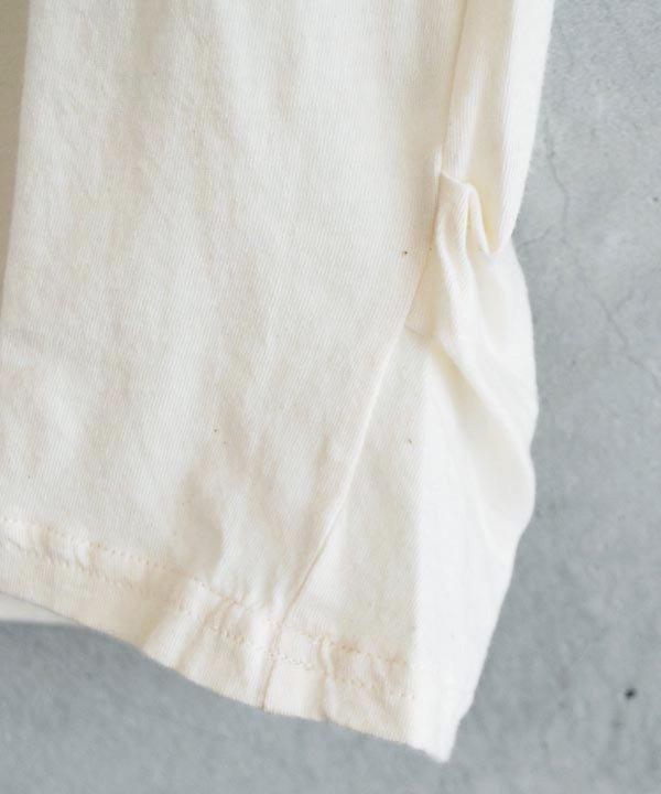 ikkuna/suzuki takayuki / turtle-neck t-shirt(nude)<img class='new_mark_img2' src='https://img.shop-pro.jp/img/new/icons52.gif' style='border:none;display:inline;margin:0px;padding:0px;width:auto;' />