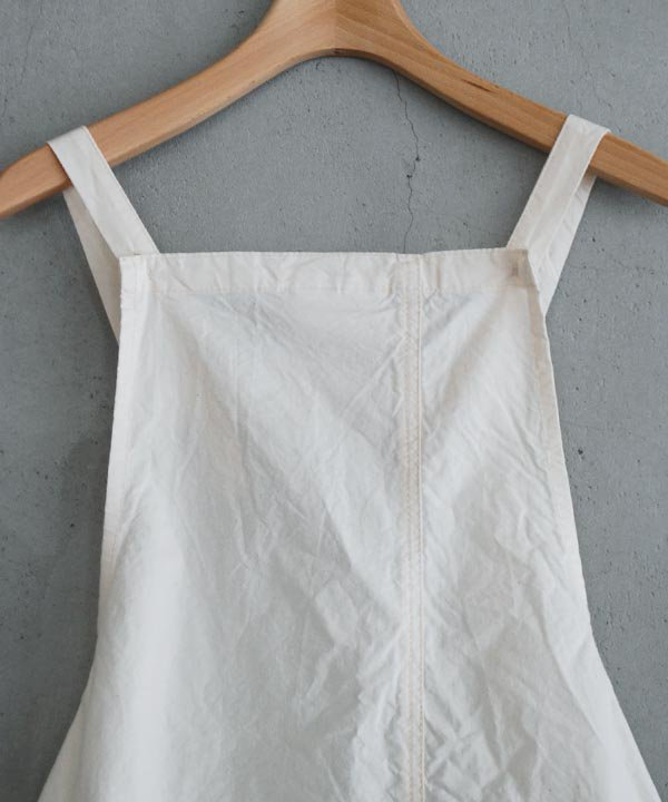 BIB APRON DRESS(ナチュラル)<img class='new_mark_img2' src='https://img.shop-pro.jp/img/new/icons52.gif' style='border:none;display:inline;margin:0px;padding:0px;width:auto;' />