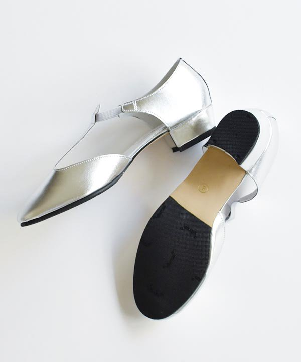 CATWORTH / Greek Dance Sandal(シルバー)<img class='new_mark_img2' src='https://img.shop-pro.jp/img/new/icons52.gif' style='border:none;display:inline;margin:0px;padding:0px;width:auto;' />