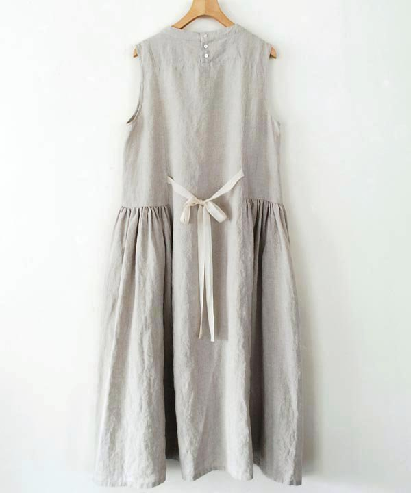ikkuna / suzuki takayuki  / sleeve-less dress(nude)<img class='new_mark_img2' src='https://img.shop-pro.jp/img/new/icons1.gif' style='border:none;display:inline;margin:0px;padding:0px;width:auto;' />
