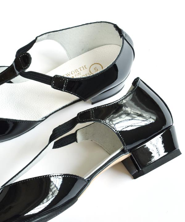 CATWORTH / Greek Dance Sandal(ブラックエナメル)