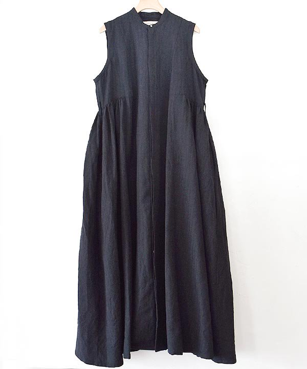 sleeveless dress(black)<img class='new_mark_img2' src='https://img.shop-pro.jp/img/new/icons1.gif' style='border:none;display:inline;margin:0px;padding:0px;width:auto;' />