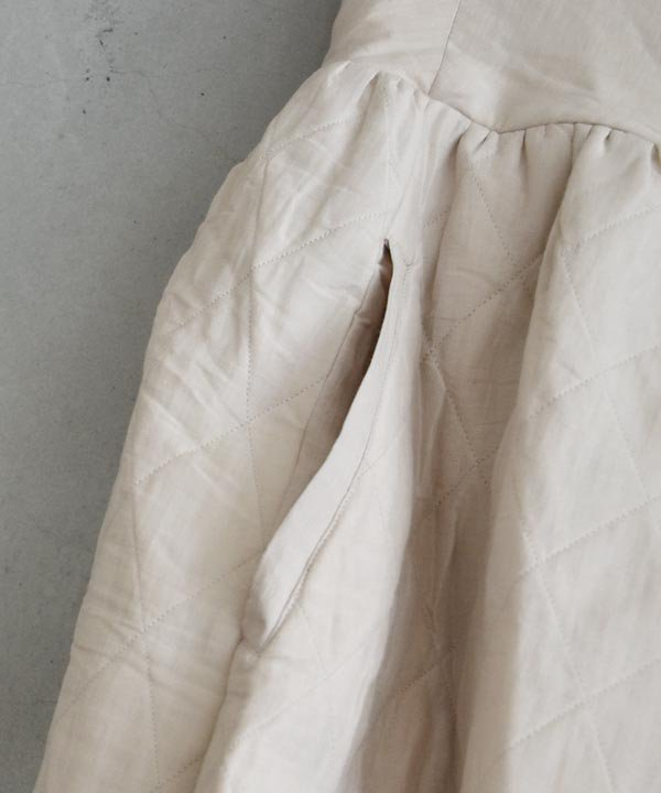 Khadhi Cotton Linen Quilting Skirt(ライトグレーベージュ)<img class='new_mark_img2' src='https://img.shop-pro.jp/img/new/icons1.gif' style='border:none;display:inline;margin:0px;padding:0px;width:auto;' />
