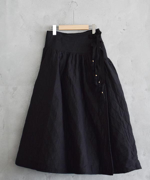 Khadhi Cotton Linen Quilting Skirt(ブラック)<img class='new_mark_img2' src='https://img.shop-pro.jp/img/new/icons1.gif' style='border:none;display:inline;margin:0px;padding:0px;width:auto;' />