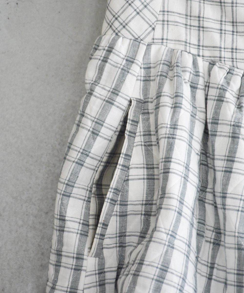 Khadhi Cotton Plaid×Plaid Quilting Skirt(ダークグレー)  <img class='new_mark_img2' src='https://img.shop-pro.jp/img/new/icons1.gif' style='border:none;display:inline;margin:0px;padding:0px;width:auto;' />