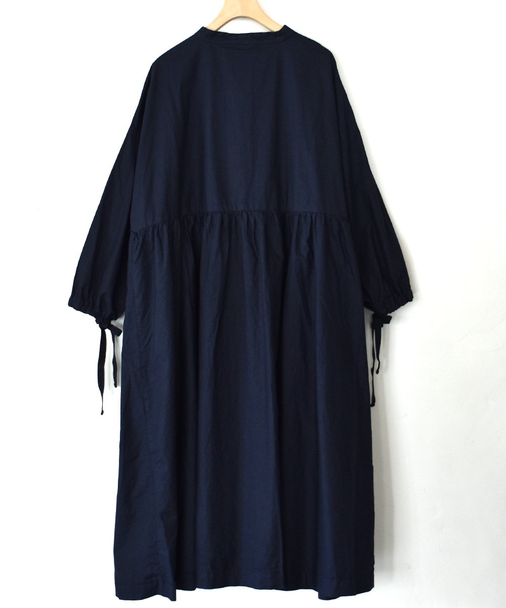 Gatherd Dress(ダークネイビー)<img class='new_mark_img2' src='https://img.shop-pro.jp/img/new/icons1.gif' style='border:none;display:inline;margin:0px;padding:0px;width:auto;' />