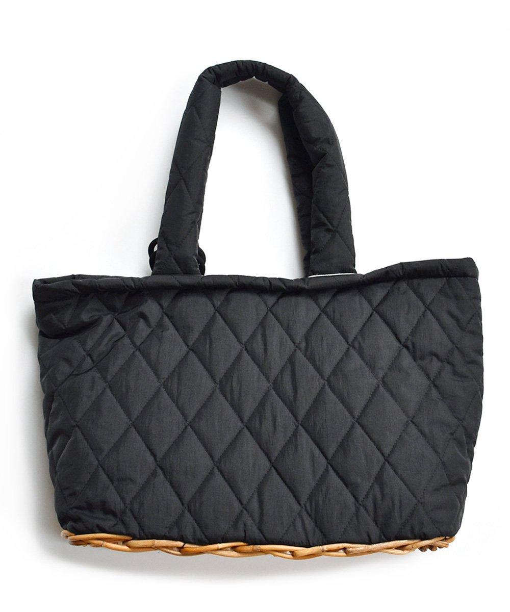 【 予約商品 -2021年5月お届け予定- 】takayo katayama × SUNNY CLOUDY RAINY  quilt tote(ブラック)<img class='new_mark_img2' src='https://img.shop-pro.jp/img/new/icons1.gif' style='border:none;display:inline;margin:0px;padding:0px;width:auto;' />