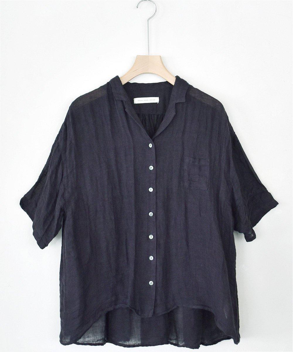 ikkuna/suzuki takayuki / open-collard shirt(charcoal gray)<img class='new_mark_img2' src='https://img.shop-pro.jp/img/new/icons1.gif' style='border:none;display:inline;margin:0px;padding:0px;width:auto;' />