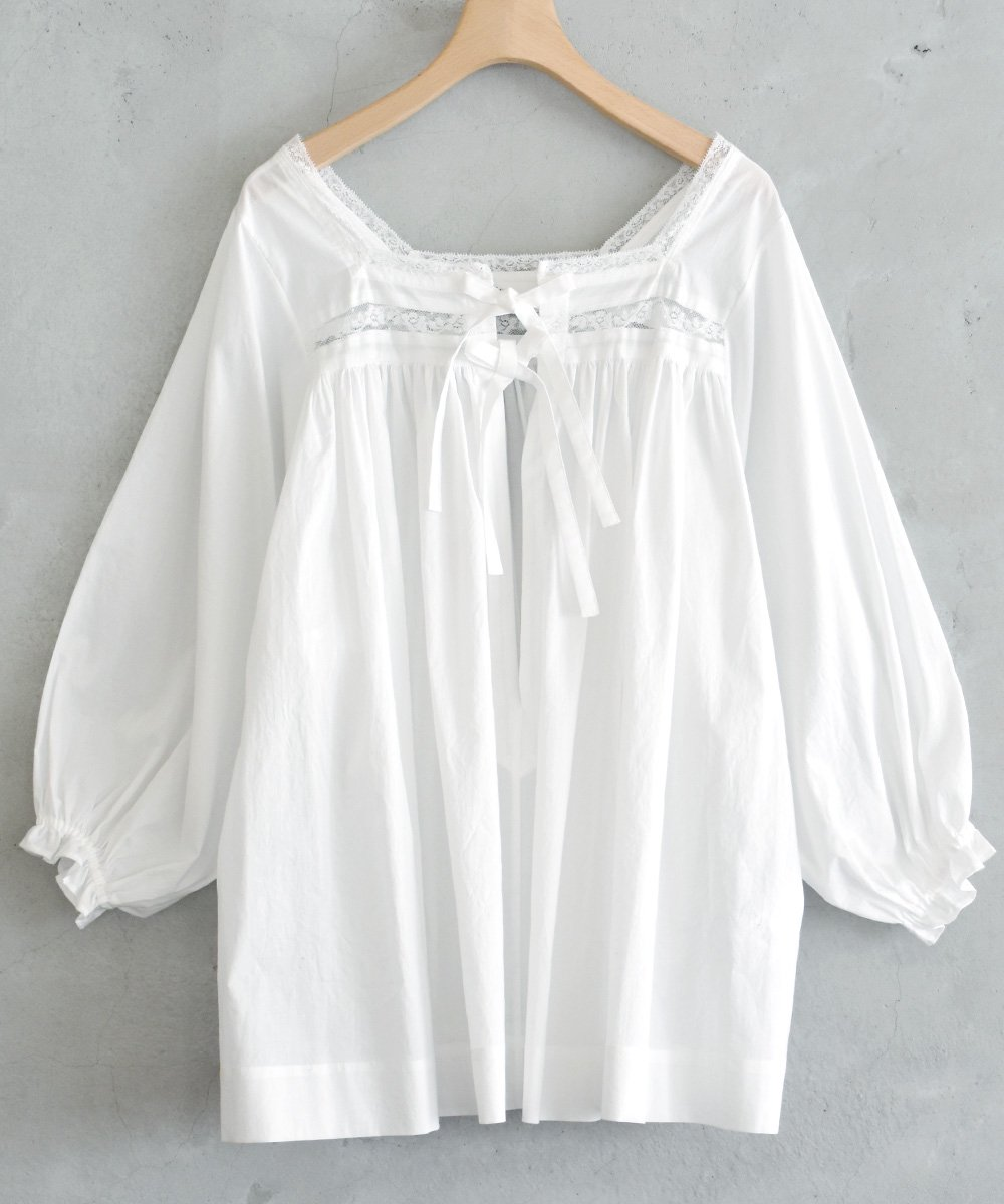 Relaxed Fit Blouse(ivory)<img class='new_mark_img2' src='https://img.shop-pro.jp/img/new/icons1.gif' style='border:none;display:inline;margin:0px;padding:0px;width:auto;' />