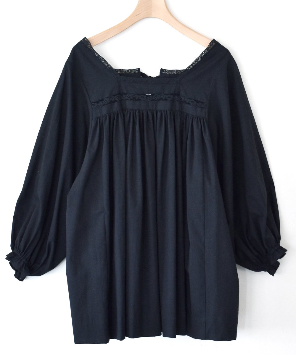 Relaxed Fit Blouse(black)<img class='new_mark_img2' src='https://img.shop-pro.jp/img/new/icons1.gif' style='border:none;display:inline;margin:0px;padding:0px;width:auto;' />