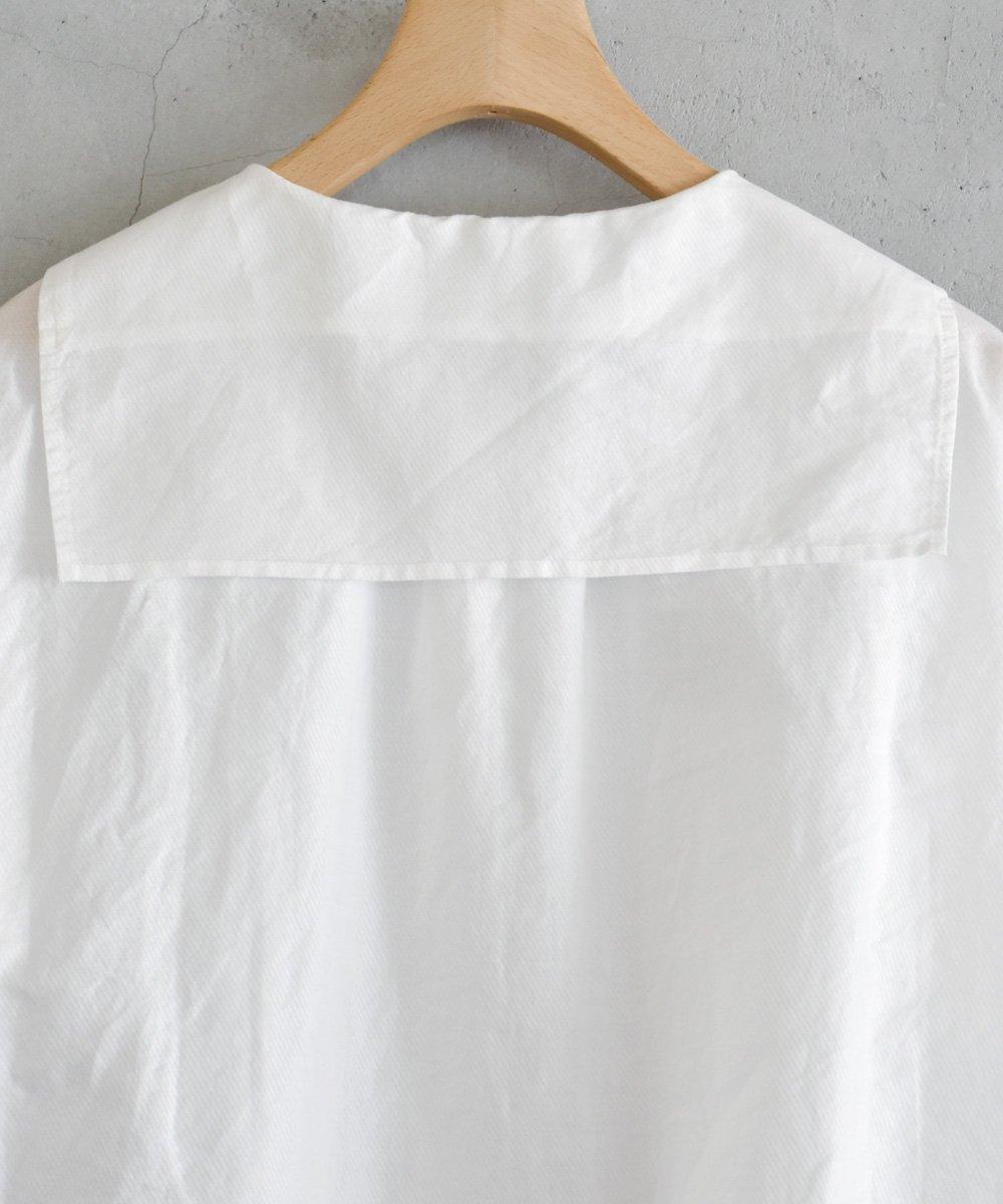Light Cotton Raimie セーラーカラーブラウス(オフホワイト)<img class='new_mark_img2' src='https://img.shop-pro.jp/img/new/icons1.gif' style='border:none;display:inline;margin:0px;padding:0px;width:auto;' />