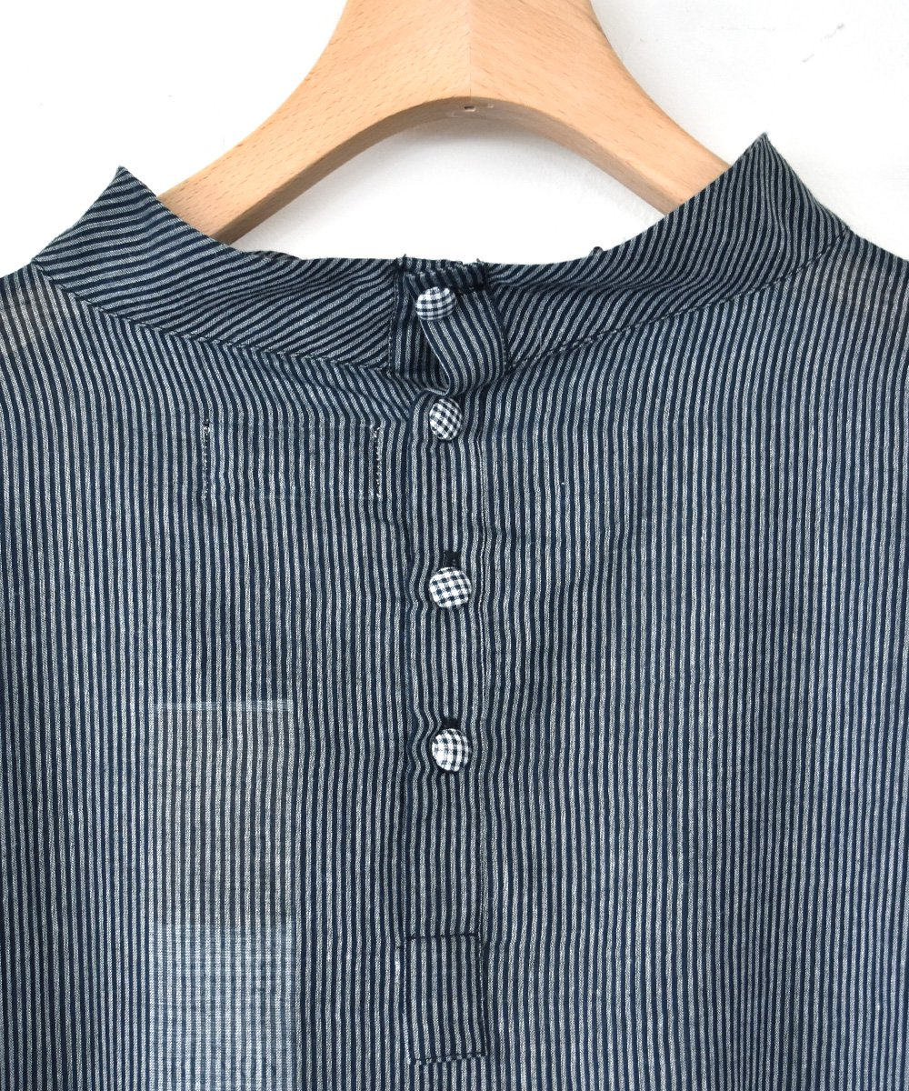 Khadi Cotton High neck Wide Dress(D.Gray)<img class='new_mark_img2' src='https://img.shop-pro.jp/img/new/icons1.gif' style='border:none;display:inline;margin:0px;padding:0px;width:auto;' />
