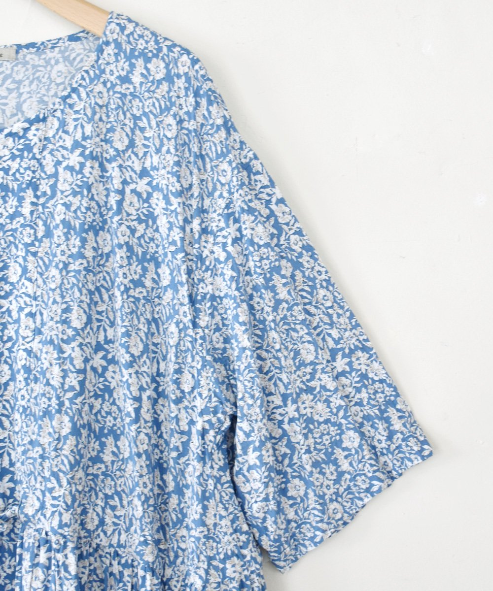 Rayon Elder Flower Print 前開きワンピース<img class='new_mark_img2' src='https://img.shop-pro.jp/img/new/icons1.gif' style='border:none;display:inline;margin:0px;padding:0px;width:auto;' />