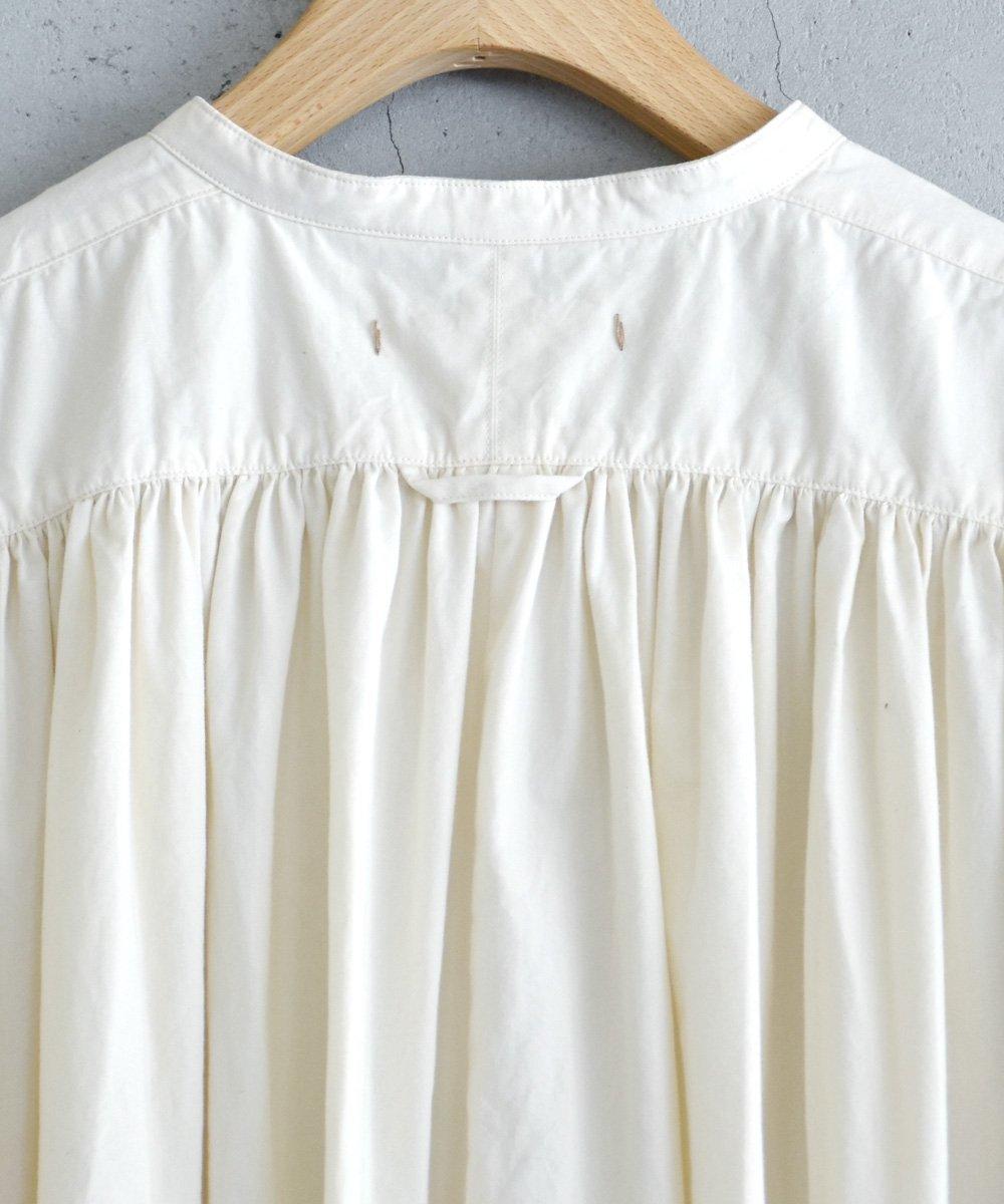 ikkuna/suzuki takayuki  /  kurta dress(nude)