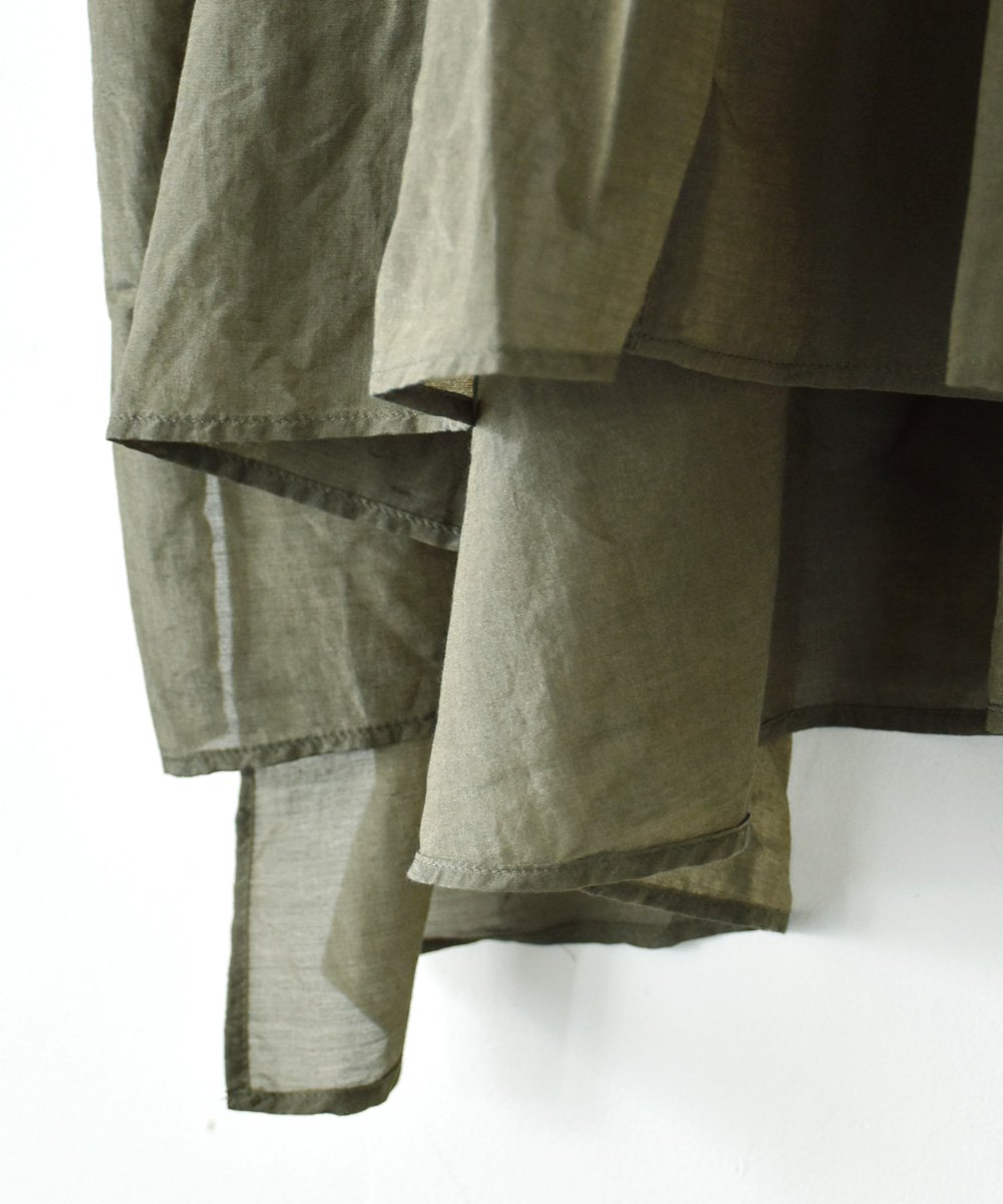 broad blouse(khaki)<img class='new_mark_img2' src='https://img.shop-pro.jp/img/new/icons1.gif' style='border:none;display:inline;margin:0px;padding:0px;width:auto;' />
