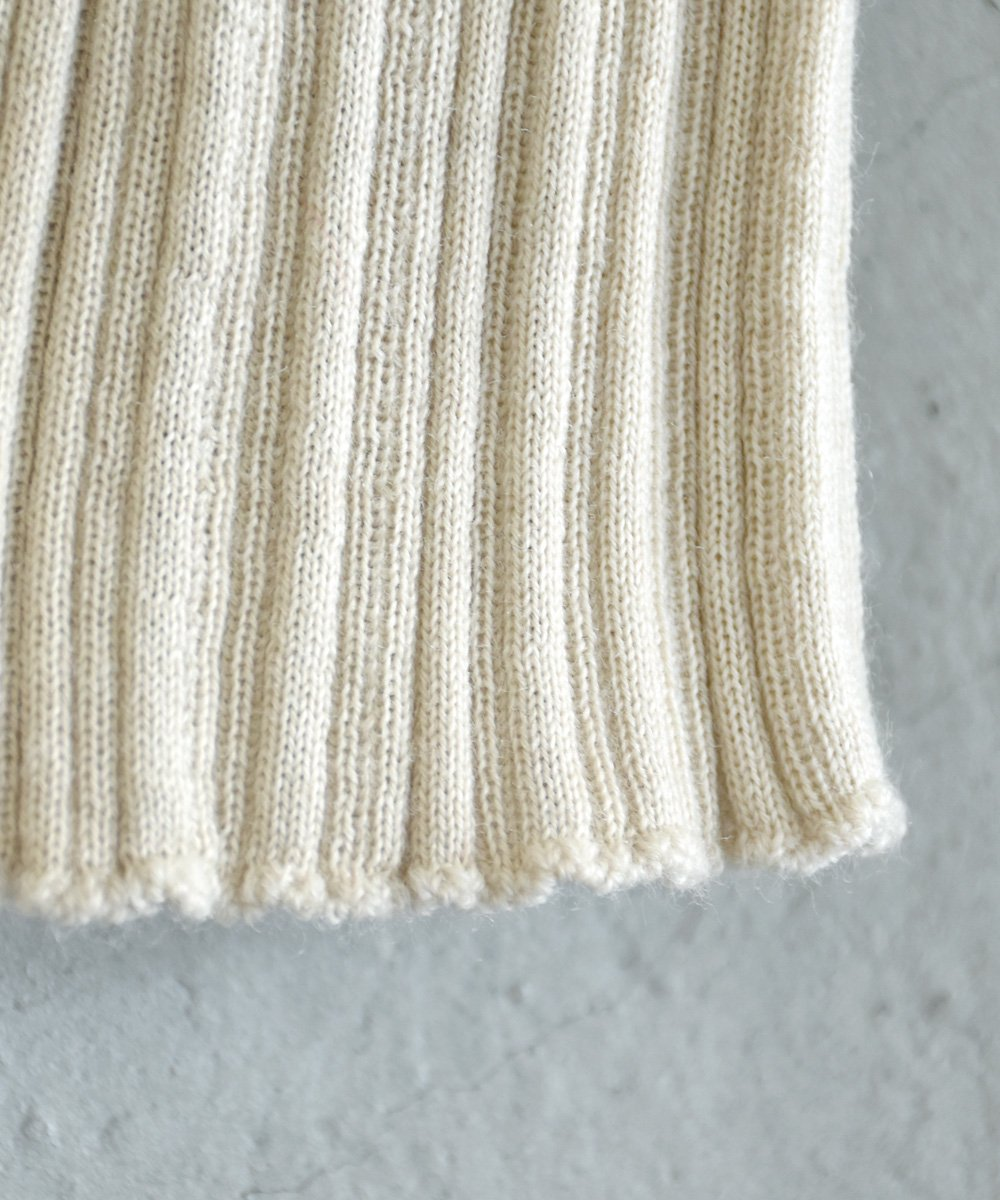 WANDERUNG / High-neck Ribbed Knit(アイボリー)<img class='new_mark_img2' src='https://img.shop-pro.jp/img/new/icons1.gif' style='border:none;display:inline;margin:0px;padding:0px;width:auto;' />