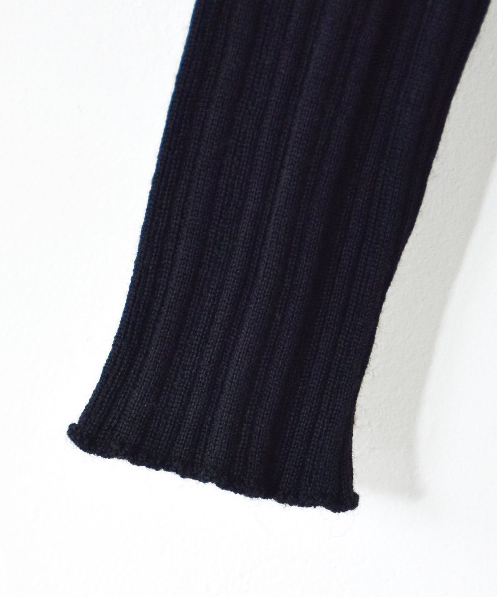 WANDERUNG / High-neck Ribbed Knit(ブラック)<img class='new_mark_img2' src='https://img.shop-pro.jp/img/new/icons1.gif' style='border:none;display:inline;margin:0px;padding:0px;width:auto;' />