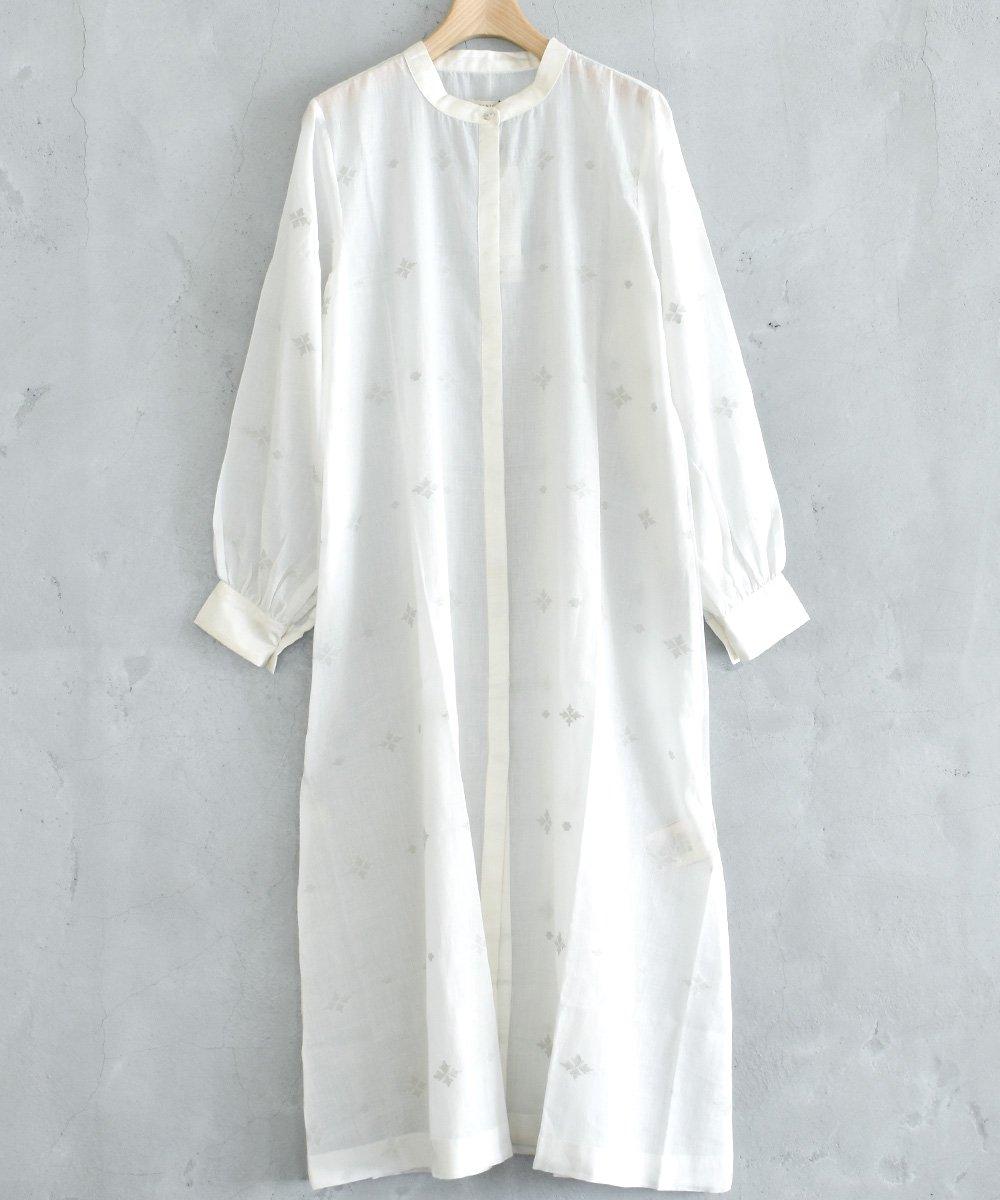 JAMDANI Dress&Gilet(ホワイト)<img class='new_mark_img2' src='https://img.shop-pro.jp/img/new/icons1.gif' style='border:none;display:inline;margin:0px;padding:0px;width:auto;' />