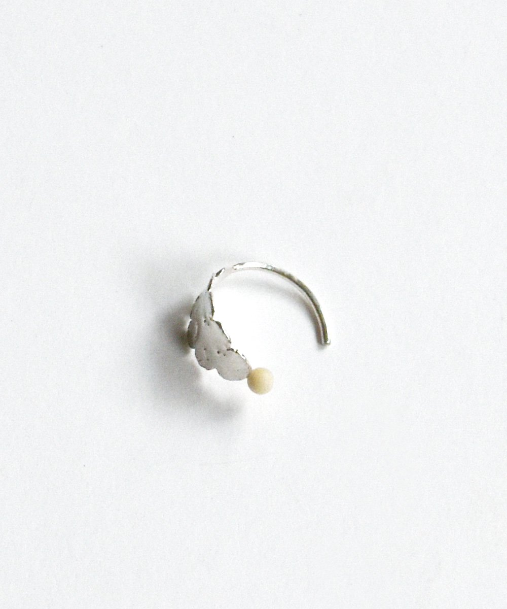 'BLANCLAITEUX'  pierce<img class='new_mark_img2' src='https://img.shop-pro.jp/img/new/icons1.gif' style='border:none;display:inline;margin:0px;padding:0px;width:auto;' />