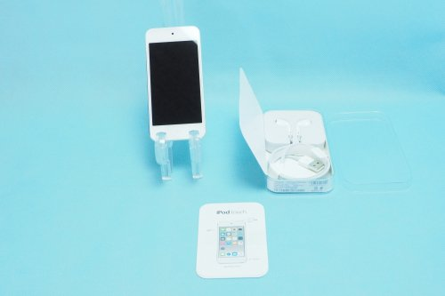 並み品|Apple iPod touch 32GB silver PKHX2j/A