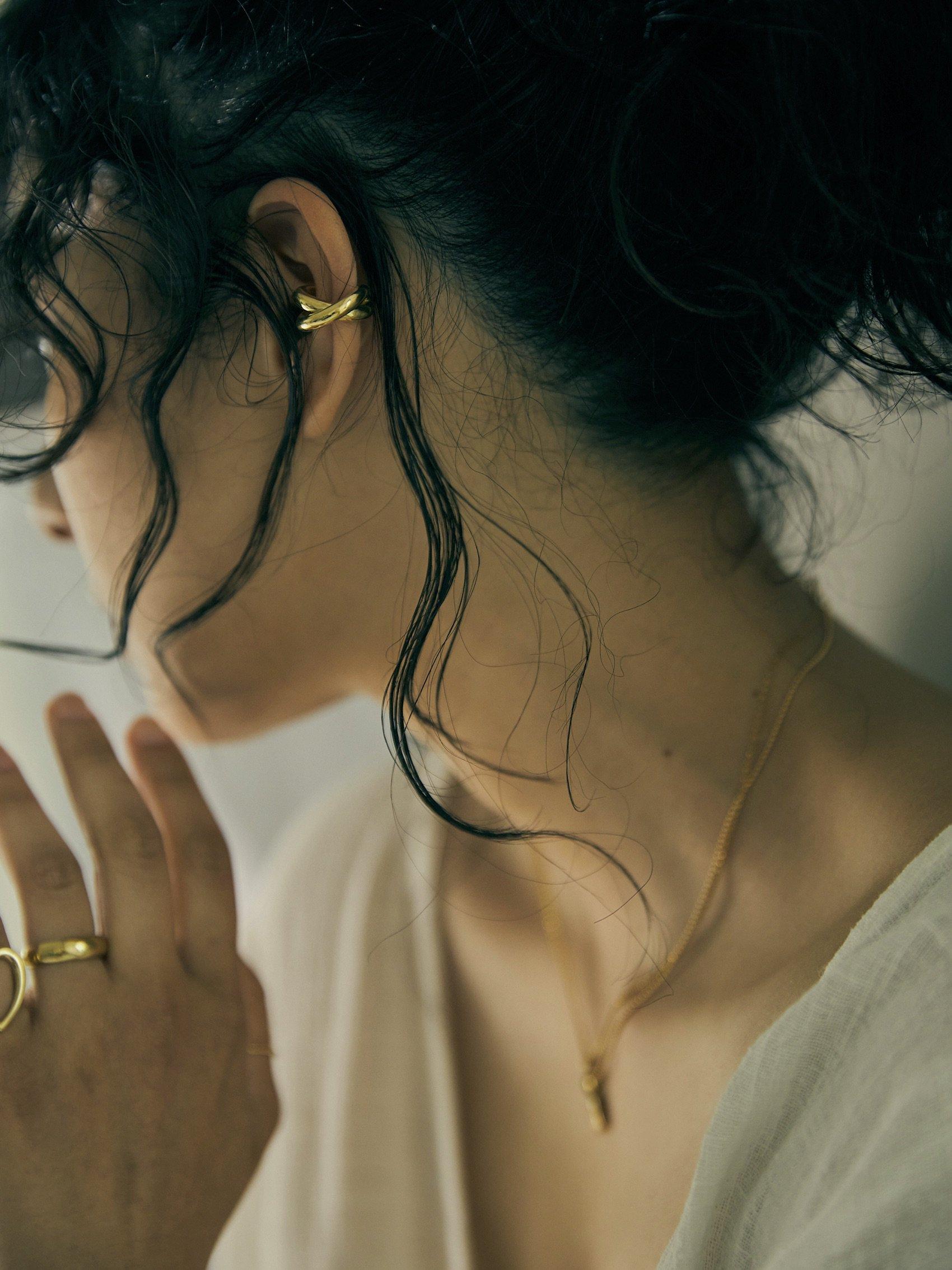 brass overlap earcuff