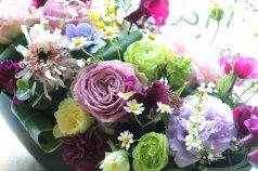 小花を集めたアレンジメント