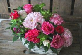 ローズ、ピンクのアレンジメント