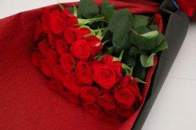 赤バラ24本の花束