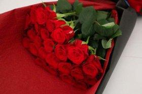 赤バラ26本の花束