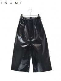 【IKUMI】<br>FAKE LEATHER PANTS