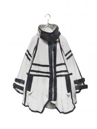 【USED】<br>LEATHER PIPING & BELTED DESIGN PONCHO JACKET