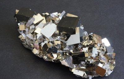 パイライト Pyrite