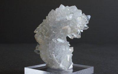 アポフィライト Apophylite