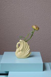 swan lemon yellow mini size vase / レモン色ミニサイズの花器