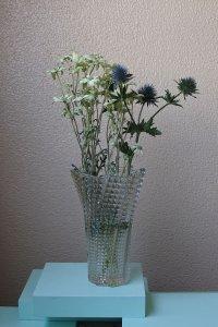 Glass large squar embossed vase / ガラスの四角のエンボス大きい花器