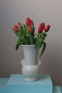 Art deco half round handle vase / アール・デコの半円ハンドルデザインの花器