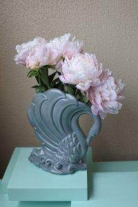 Large swan vase / 大きな白鳥の花器