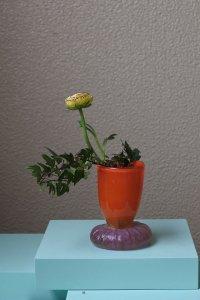 orange glass little vase / オレンジのガラスの花器