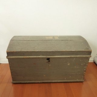 宝箱のようなブランケットボックス