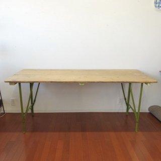 イギリス ヴィンテージ 鉄脚の折り畳みテーブル パイン天板