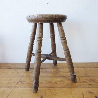 イギリス アンティーク 極厚な座面の木製スツール