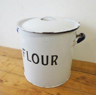 イギリス ヴィンテージ 大きなサイズのホーローフラワー缶 エンボス文字