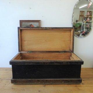 イギリス アンティーク ブラックペイントのツールボックス 収納 コーヒーテーブル 飾り台 木箱