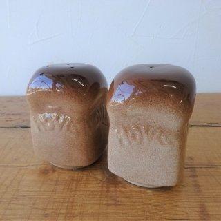 イギリス ヴィンテージ HOVIS 陶器製 S&P B